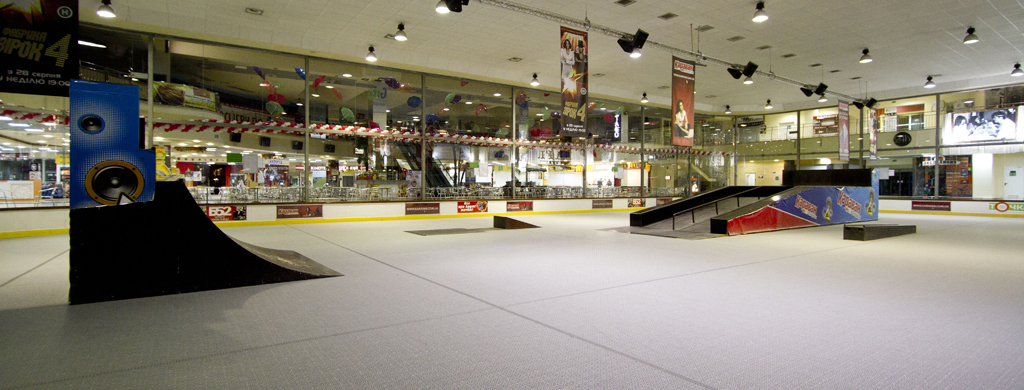 Скейтпарк в ТРЦ Караван Киев