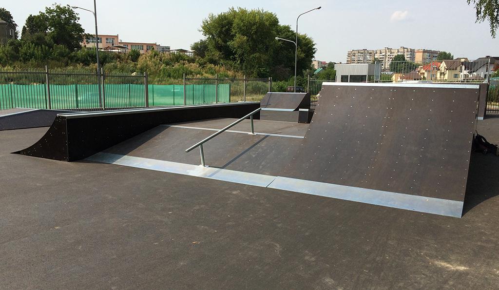Скейт-парк ТРК Сити Парк Луцк 3